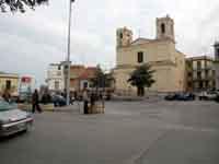 Piazza centrale  - Campofelice di roccella (8493 clic)
