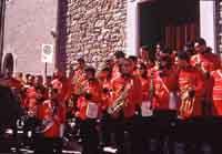 Ballo dei Diavoli - Abballu ri li riavuli a Prizzi - Domenica di Pasqua - La banda musicale al completo   - Prizzi (5613 clic)