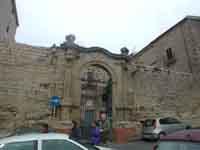 Palazzo POLLICARINI in Piazza Colajanni  - Enna (5251 clic)