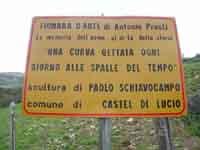 Una curva gettata alle spalle del vento (Pietro Schiavocampo)  - Fiumara d'arte (3217 clic)