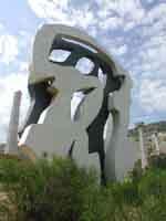 Monumento ad un Poeta morto (Tano Festa)  - Fiumara d'arte (5185 clic)