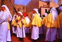 Gli Incappucciati - domenica di Pasqua ad Enna  - Enna (1916 clic)