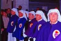 Gli Incappucciati - il Venerdì Santo ad Enna. Confraternita Maria SS. Addolorata.  - Enna (6174 clic)