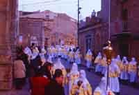 Gli Incappucciati - domenica di Pasqua ad Enna  - Enna (1727 clic)