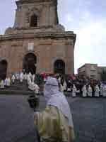 Gli Incappucciati - domenica di Pasqua ad Enna  - Enna (1726 clic)