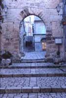Arco dell'Annunziata - Portale d'ingresso al Castello normanno  - Chiaramonte gulfi (6057 clic)