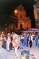 Ibla Buskers - festa degli artisti di strada  - Ragusa (4026 clic)