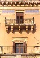 Balcone del Palazzo dei Baroni Bruno di Belmonte  - Ispica (3544 clic)