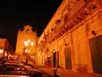 palazzo Municipale- P.za S. Giovanni  - Monterosso almo (1959 clic)