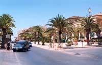 Piazza Rimembranza  - Pozzallo (16674 clic)