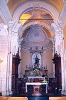 Chiesa di Santa Maria delle Scale Altare maggiore: statua di Maria Assunta    - Ragusa (4238 clic)