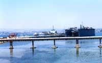 Ponte militare (Le Passarelle) e banchina torpediniere  - Augusta (10631 clic)