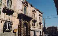 palazzo Lutri sec. XVII  - Avola (7302 clic)