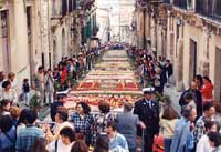 Primavera Barocca: L'Infiorata  - Noto (9685 clic)