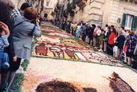 Primavera Barocca: L'Infiorata  - Noto (3777 clic)