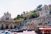 piazza s.sebastiano  - Melilli (7496 clic)