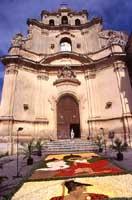 Chiesa del Carmine - Infiorata  - Noto (4286 clic)
