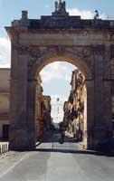La Porta Reale  - Noto (3856 clic)