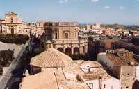 Il Municipio  - Noto (2947 clic)