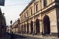 Corso Vittorio Emanuele (particolare Palazzo Municipale)  - Palazzolo acreide (3215 clic)
