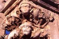 San Giovanni alle Catacombe - capitelli  - Siracusa (2911 clic)