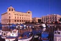 Palazzo delle Poste  - Siracusa (2772 clic)