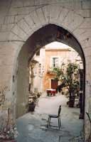 Cortiletto in un vicolo d'Ortigia  - Siracusa (3675 clic)