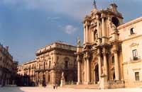 piazza Duomo  - Siracusa (2038 clic)