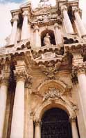 Duomo: Portale Barocco  - Siracusa (2263 clic)