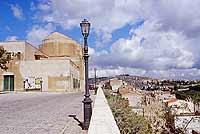vista panoramica del paese dal viale Oberdan - panorama dal belvedere  - Calatafimi segesta (5003 clic)