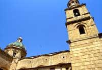 Duomo - Chiesa di S. Giovanni, edificata tra il 1589 e il primi de 600. Profondamente modificata nei secoli successivi.    - Castelvetrano (2280 clic)