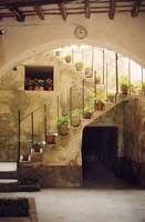 interno di un tipico atrio  - Erice (3155 clic)