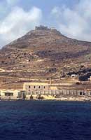 antico stablimento della tonnara di favignana con lo sfondo del monte S. Caterina  - Favignana (2413 clic)