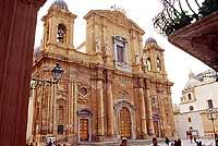 Chiesa Madrice, intitolata a St. Thomas Beckett da Canterbury, in P.zza della Repubblica (detta Piazza Loggia).  - Marsala (10815 clic)