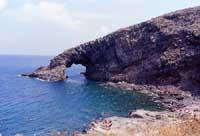 Arco dell'Elefante  - Pantelleria (10532 clic)