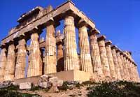 Tempio E ovvero della Dea Hera (moglie di Zeus) protettrice delle nozze, dei fidanzati e delle donne incinte  - Selinunte (11613 clic)