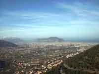 Foto della città di Palermo da un costone montuoso di Altofonte PALERMO Rosario Trifirò