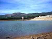 Invaso artificiale Maria delle Grazie anche detto lago Scanzano, si trova nel comprensorio di Ficuzza tra l'omonimo paese e Marineo  - Ficuzza (7426 clic)
